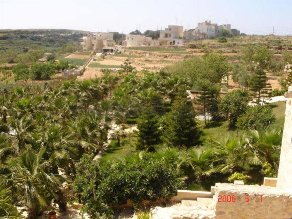 farmhouse-in-bahrija