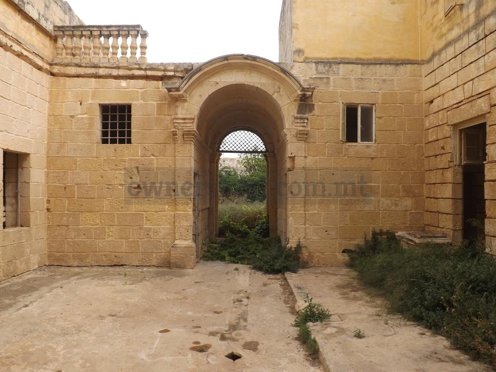 palazzo-in-zabbar