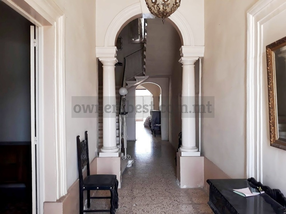 terraced-house-in-luqa