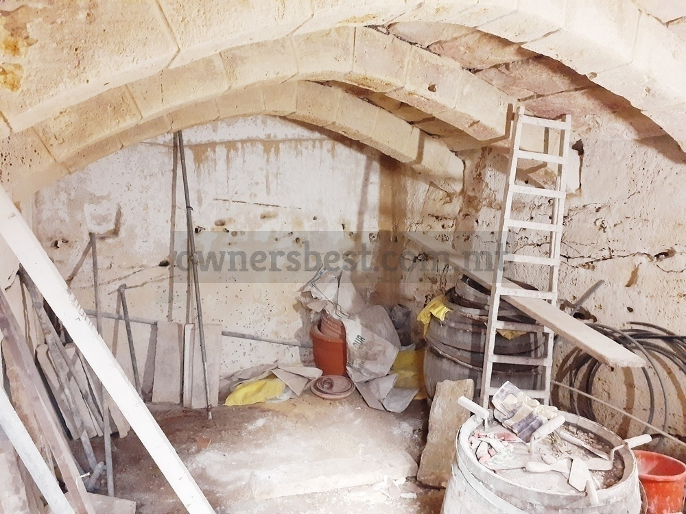 house-of-character-in-qormi