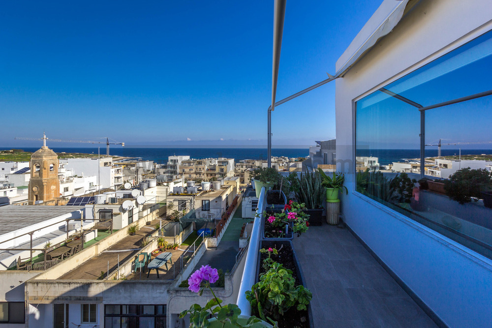 penthouse-in-bahar-ic-caghaq