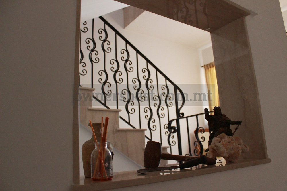 maisonette-solitary-in-qormi